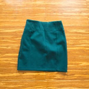 Lululemon Hunter Green Pencil Skirt